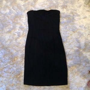 Little black dress - strapless
